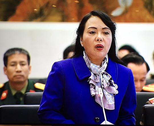 Bộ trưởng Y tế Nguyễn Thị Kim Tiến cho biết một số bệnh viện tư nhân xin xuống hạng bằng bệnh viện huyện để được áp dụng cơ chế thông tuyến - Ảnh: Thế Dũng