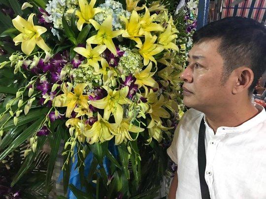 Nghệ sĩ sân khấu thương tiếc NS hài Khánh Nam - Ảnh 7.