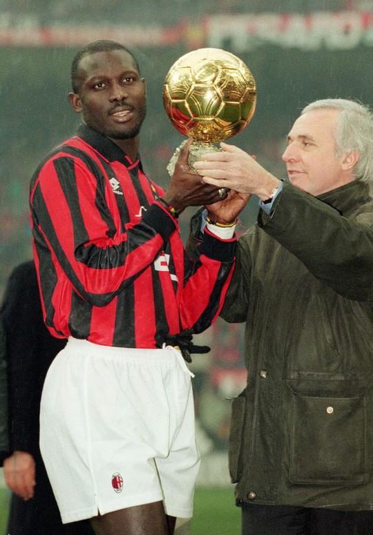 Cựu tiền đạo Chelsea và Milan đắc cử tổng thống - Ảnh 3.