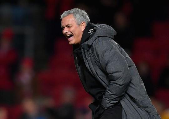 Mourinho: Bristol chỉ ăn may - Ảnh 2.
