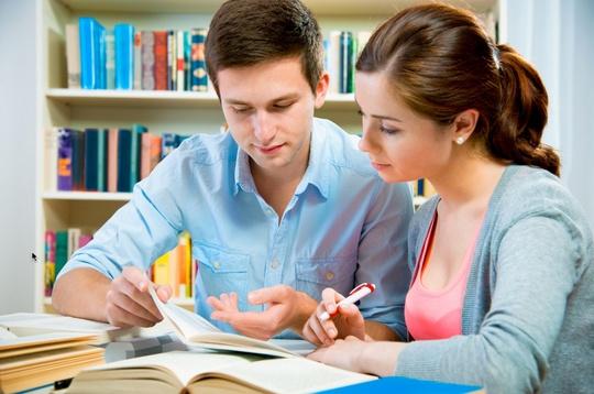 Học bổng trên từng học sinh cũng là điều nên tìm hiểu.