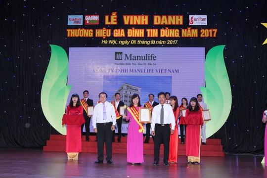 Manulife Việt Nam được vinh danh là doanh nghiệp xuất sắc - Ảnh 1.