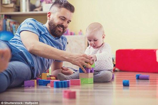 Nam giới có nên có con khi đã vào tuổi trung niên? - Ảnh 3.