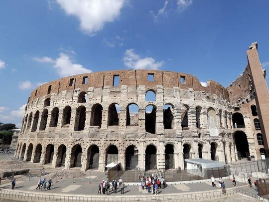 Đấu trường La Mã mở cửa tầng cao nhất phục vụ du khách - Ảnh 1.