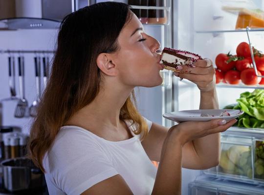 Những điều đáng sợ gì đang chờ đợi khi bạn ăn quá nhiều đường? - Ảnh 3.