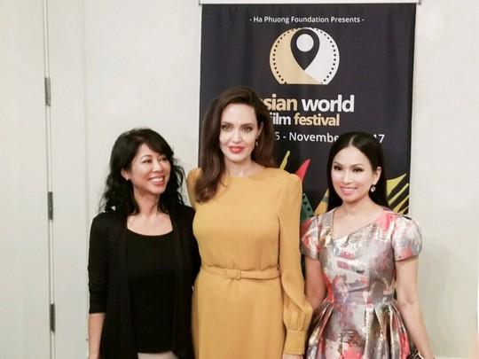 Angelina Jolie sẽ làm phim liên quan đến Việt Nam - Ảnh 3.