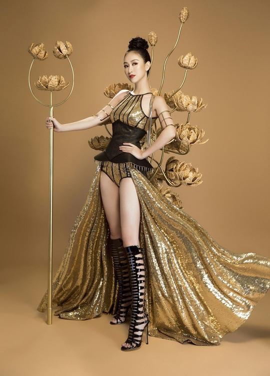 Trang phục dân tộc gây sốc của Hà Thu tại Miss Earth - Ảnh 6.