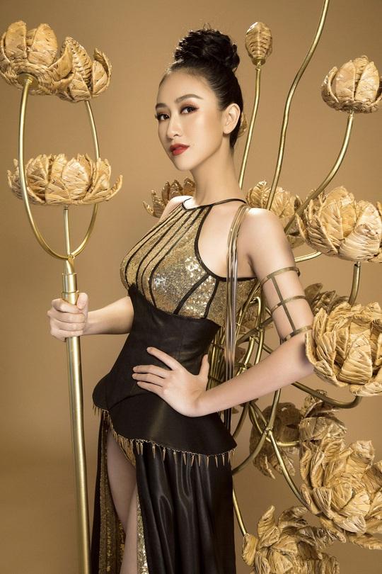 Trang phục dân tộc gây sốc của Hà Thu tại Miss Earth - Ảnh 5.