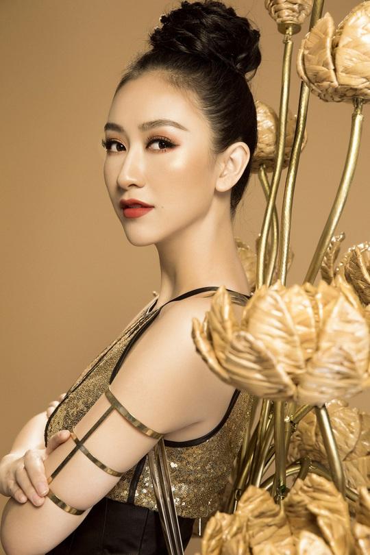 Trang phục dân tộc gây sốc của Hà Thu tại Miss Earth - Ảnh 2.