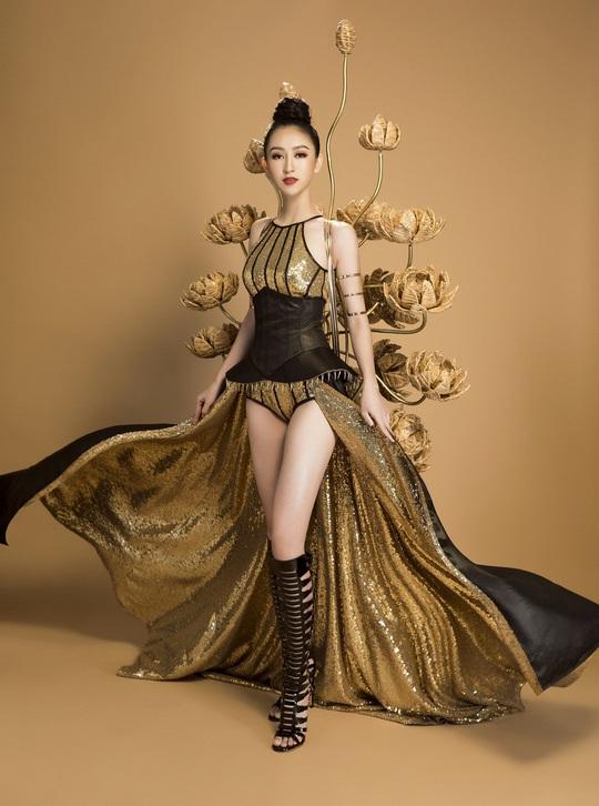 Trang phục dân tộc gây sốc của Hà Thu tại Miss Earth - Ảnh 3.