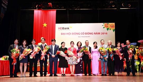Hội đồng quản trị và Ban kiểm soát của HDBank nhiệm kỳ 2017-2022 ra mắt