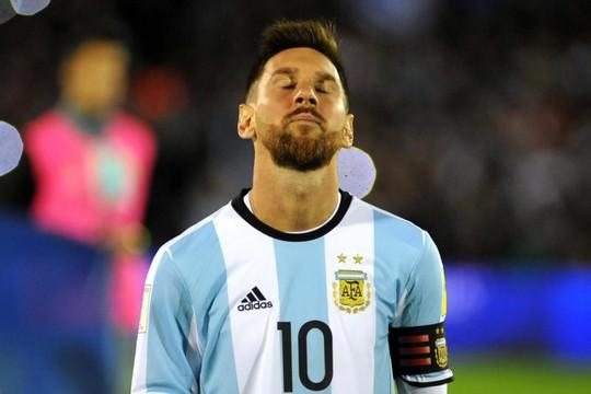 Bị đội chót bảng cầm hòa, Argentina lâm nguy - Ảnh 1.