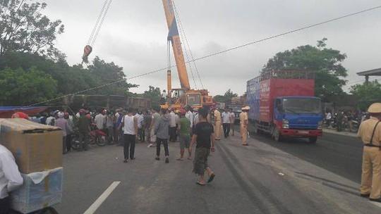 Hiện trường vụ tai nạn thảm khốc khiến 2 ông bà tử vong, người cháu bị thương