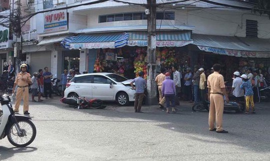 Tình tiết mới vụ ô tô vi phạm bị giữ vẫn chạy ra ngoài gây tai nạn - Ảnh 1.