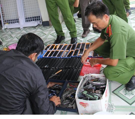 Dương Hoàng Chân cùng tang vật