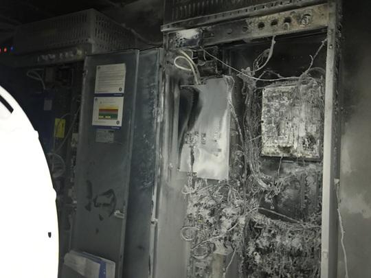 Cháy khách sạn lúc nửa đêm, hơn 230 du khách phát hoảng - Ảnh 2.