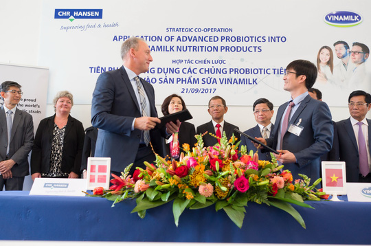 Vinamilk hợp tác với Đan Mạch bảo vệ sức khoẻ người tiêu dùng - Ảnh 1.