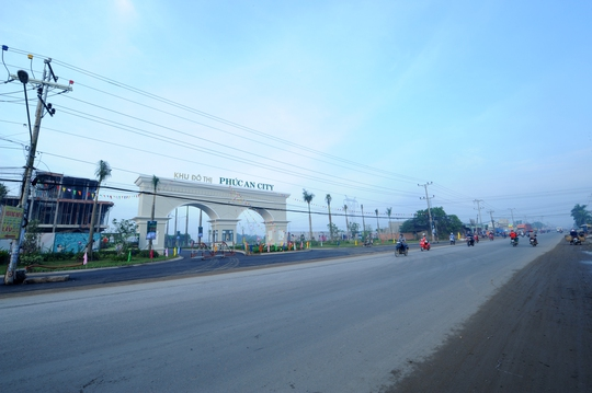 Bất động sản phía Tây Sài Gòn lại nóng - Ảnh 2.