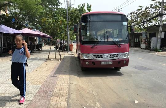 TP HCM: Xe buýt bí điểm đầu - cuối - Ảnh 2.