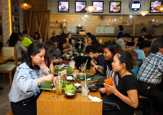 Bún Chả Tô mở thêm chi nhánh tại Aeon Bình Tân và Vincom Mega Mall - Ảnh 1.