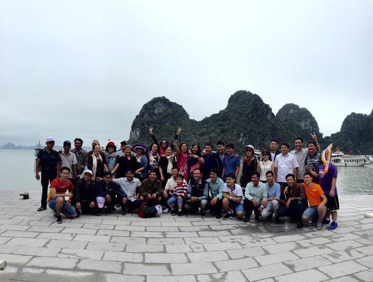 Đoàn Jotun tại vịnh Hạ Long