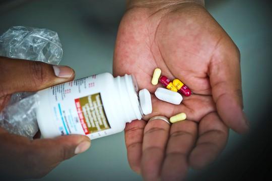 Sau 27 năm, người nhiễm HIV đầu tiên ở Việt Nam nay ra sao? - Ảnh 2.