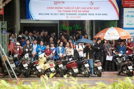APEC 2017: Sân bay Đà Nẵng bận rộn từ sáng đến đêm - Ảnh 3.