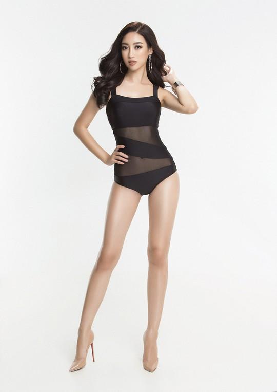 Đỗ Mỹ Linh khoe trọn đường cong với bikini - Ảnh 4.