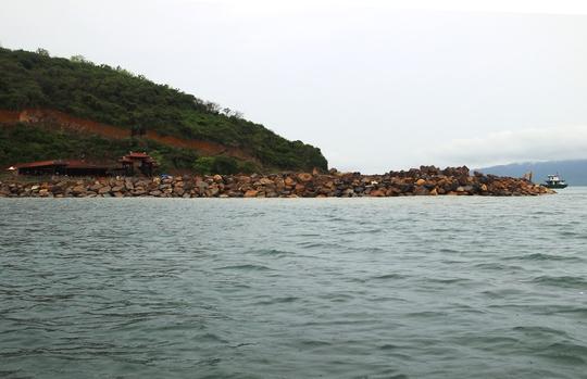 Cận cảnh hàng loạt dự án lấn biển xâu xé vịnh Nha Trang - Ảnh 9.