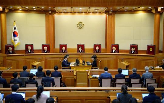 Quang cảnh phiên tòa ngày 10-3, với 8 vị thẩm phán. Ảnh: Reuters