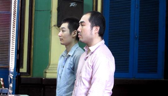 Hua và Minh tại tòa sáng 11-4