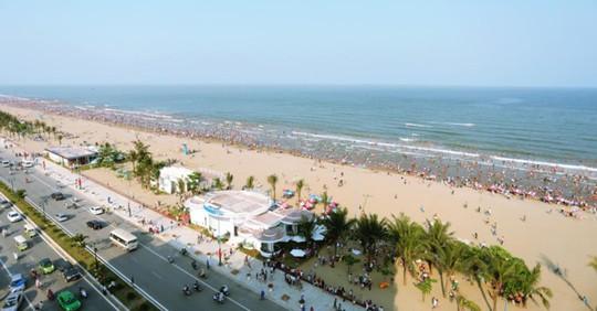 Biển Sầm Sơn như được thay áo mới với hệ thống Hubway hiện đại và xinh đẹp nằm dọc bãi biển