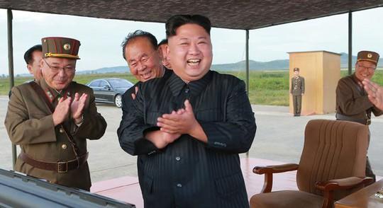Triều Tiên muốn có lực lượng quân sự ngang bằng Mỹ - Ảnh 2.