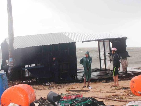 Khánh Hòa: Ít nhất 23 người thiệt mạng do bão số 12 - Ảnh 7.