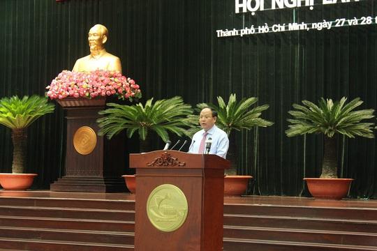 Khai mạc Hội nghị lần thứ 10 BCH Đảng bộ TP HCM khóa X - Ảnh 2.