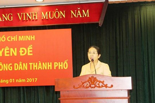 Phó Bí thư Thành ủy TP HCM Võ Thị Dung phát biểu tại hội nghị ngày 10-1. Ảnh: Bảo Ngọc