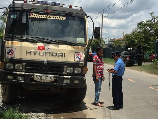 Luân chuyển cán bộ thanh tra giao thông để ngừa tiêu cực - Ảnh 2.