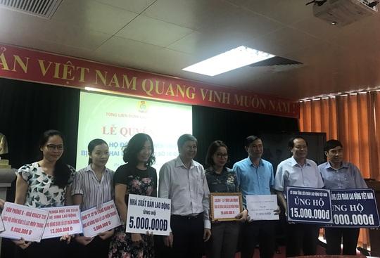 Tổng LĐLĐ Việt Nam kêu gọi ủng hộ đồng bào miền Trung - Ảnh 4.