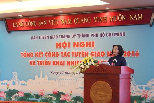 Trưởng Ban Tuyên giáo Thành ủy TP HCM Thân Thị Thư phát biểu tại hội nghị ngày 12-1. Ảnh: Bảo Nghi