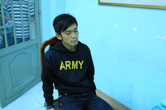 Nguyễn Huỳnh Khương Linh tại cơ quan công an