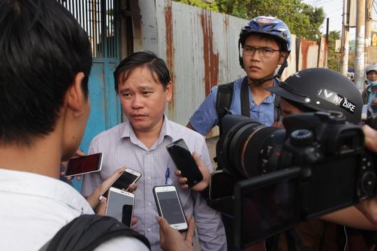 Lãnh đạo UBND quận Bình Tân cho biết: Trước khi thực hiện việc chấn chỉnh vỉa hè, UBND quận Bình Tân luôn lưu ý chăm lo đời sống người dân. Chính quyền đã nhắc nhở, bất cứ trường hợp nào vi phạm đều phải xử lý để đảm bảo công bằng.