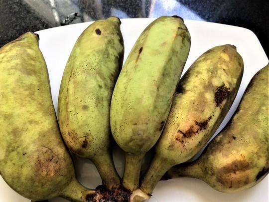 Chuối nướng nước cốt dừa: Món ngon ngày mưa gió - Ảnh 2.