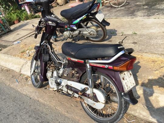 Xe gắn máy đi ngược chiều gây ra vụ tai nạn liên hoàn