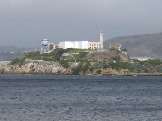 Đảo Alcatraz giờ đây đã không còn là Đảo Đá lạnh lẽo, ghê rợn. Đã có nhiều tour dẫn khách du lịch tham quan đảo.