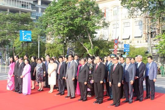 TP HCM long trọng tổ chức lễ thượng cờ ASEAN - Ảnh 3.