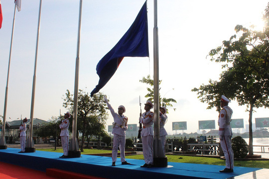 TP HCM long trọng tổ chức lễ thượng cờ ASEAN - Ảnh 2.
