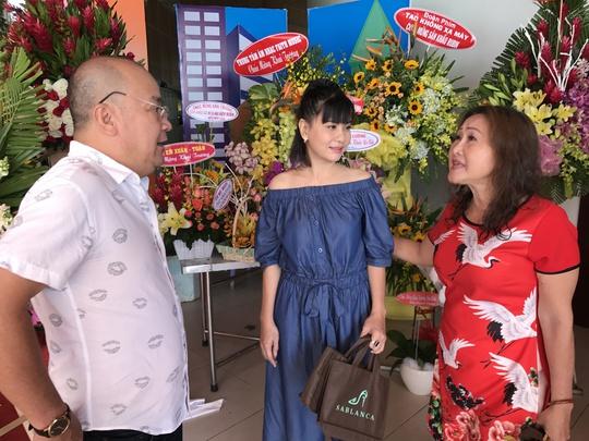Đệ tử Hoài Linh mở thêm sân khấu kịch - Ảnh 4.