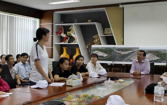 Ông David Dương - TGĐ VWS trò chuyện với các sinh viên Trường ĐH Khoa học Tự nhiên