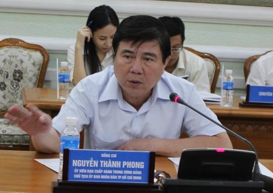 Chủ tịch UBND TP Nguyễn Thành Phong cho biết ông nhận được rất nhiều tin nhắn của người dân ủng hộ lực lượng chức năng đòi lại vỉa hè.