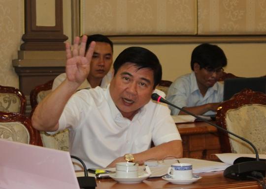 Chủ tịch UBND TP HCM Nguyễn Thành Phong tại buổi làm việc